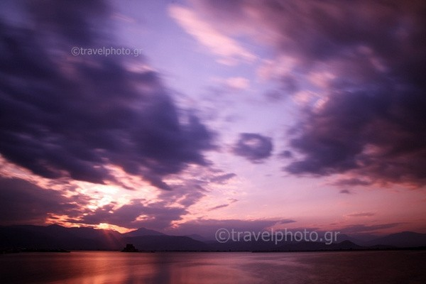 Nayplio-sunset-mpourtzi