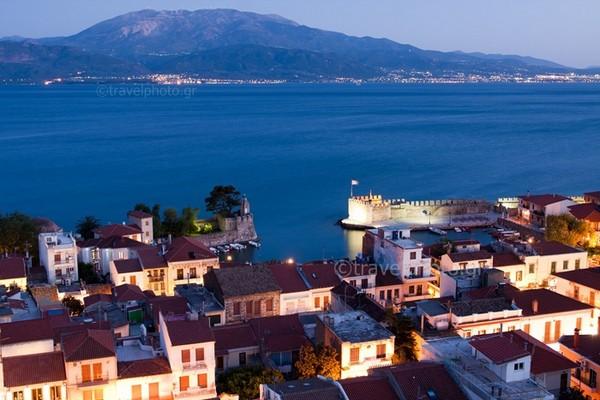 Ναύπακτος, παλιά πόλη και λιμάνι