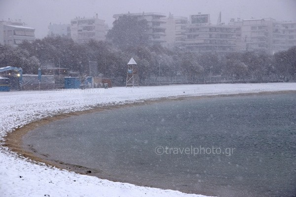 Alimos beach in snow, Athens
