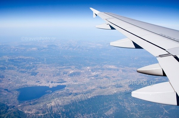 Λιμνη Ιωαννίνων απο αεροπλάνο