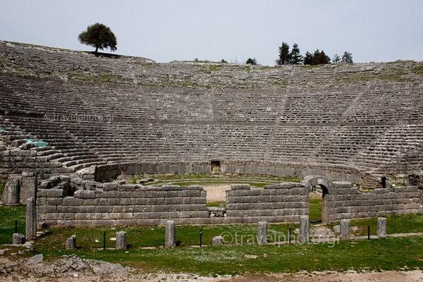 theatro-Dodoni-ancient-theater