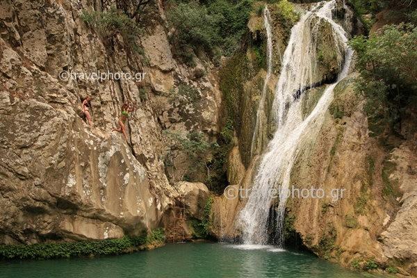 Polylimnio-Messinias-waterfall