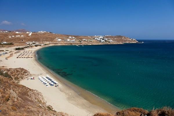 Καλό Λιβάδι παραλία Μύκονος
