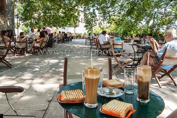 Τσαγκαράδα πλατεία Αγίας Παρασκευής