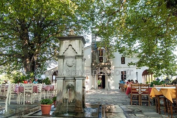 Τσαγκαράδα πλατεία Αγίων Ταξιαρχών