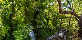 O καταρράκτης του Πλατανιστού, στη Καρυστία, δημος Καρύστου, νότιας Εύβοιας