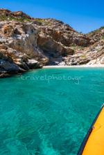 Παραλία στη νότια Εύβοια, περιοχή Κάβο Ντόρο (Καφηρέας)